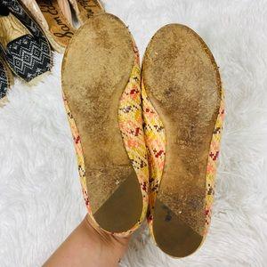 Vera Wang Shoes - Vera Wang woven women's raffia flat size 7.5